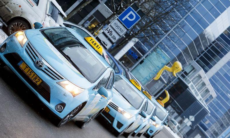 """Smart Taxi"" transporto parke Vilniuje elektromobiliai sudarys apie 12%. Vladimiro Ivanovo (VŽ) nuotr."