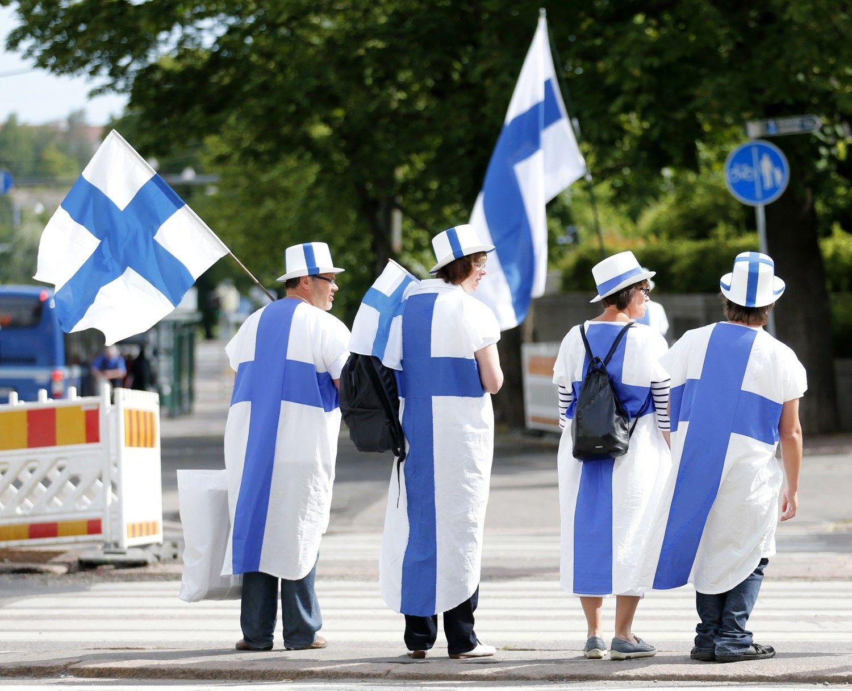 Suomijos pramon� ken�ia kartu su Rusija
