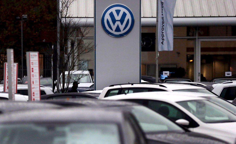 Po emisijos skandalo �Volkswagen� pardavimai krito 2%