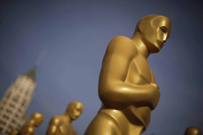 Paai�k�jo kandidatai ᠄Oskarus�
