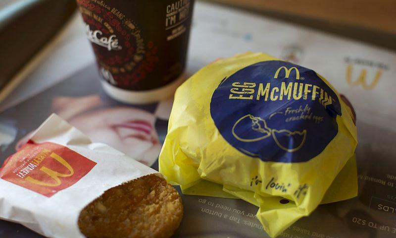 """McDonald's"" pusryčių meniu. Mike'o Blake'o (""Reuters""/""Scanpix"") nuotr."