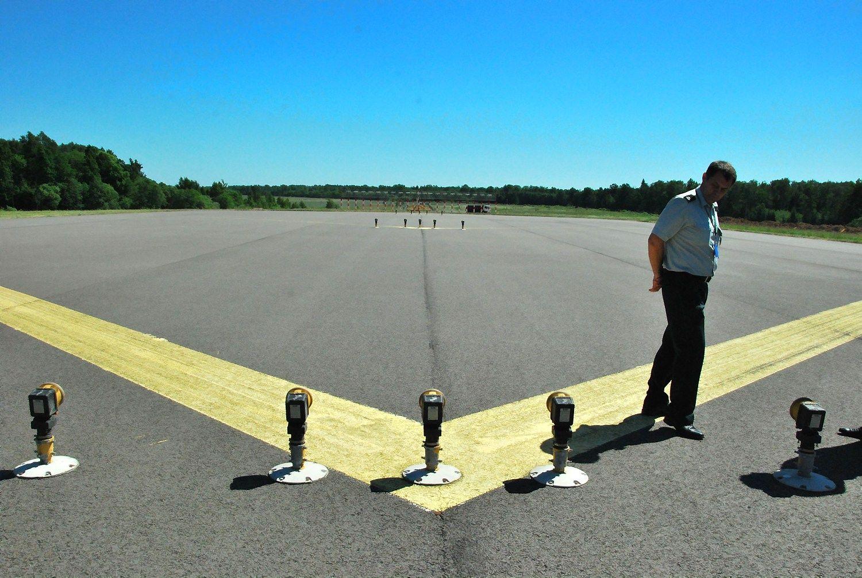 PAR kompanija ateina � Kauno oro uost�