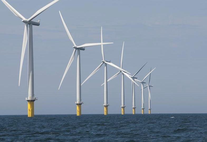 Prie Britanijos krantų – didžiausias pasaulyje vėjo elektros parkas