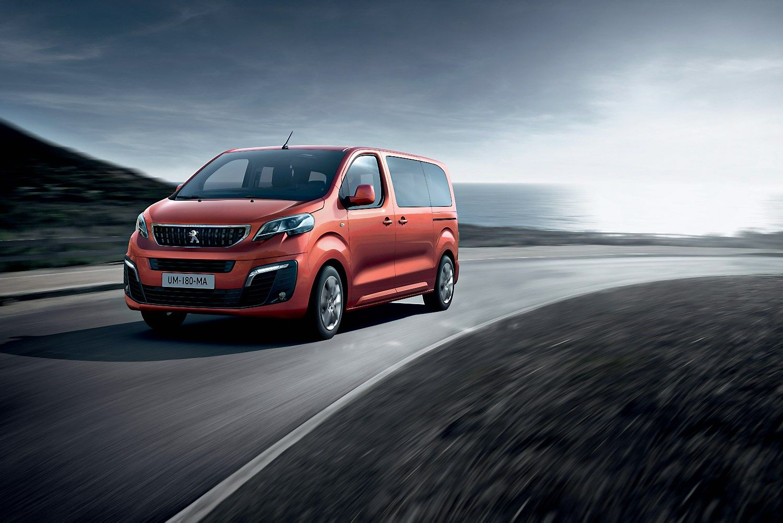 �Peugeot� suk�r� verslo susitikim� erdv� ant rat�