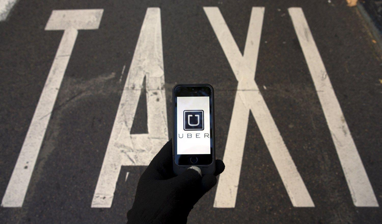 �Uber� leidosi � kompromis� � Maskvoje va�in�s tik legal�s taksistai