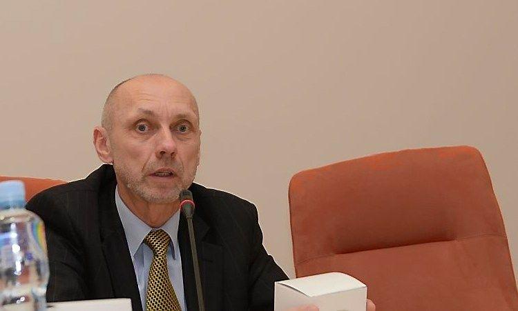 Politologas Dumbliauskas dirbs Grau�inienei