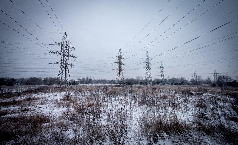 Sniegas Ryt�Lietuvoje�be elektros paliko 44.200 klient�