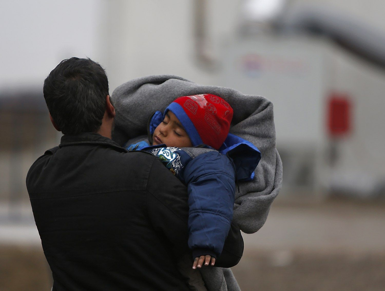 ES dvejoja, migrantai plaukia