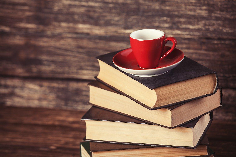 V� rekomenduoja: knygos