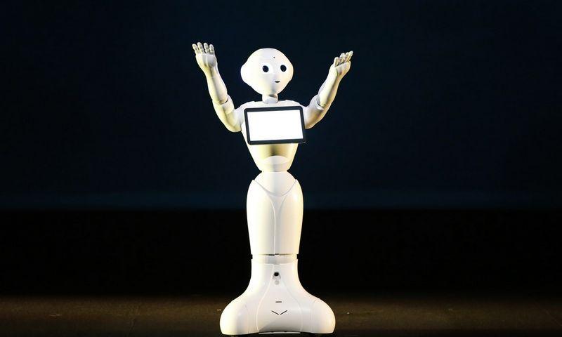 """Robotas """"Pepper"""". (""""Reuters"""" / """"Scanpix"""") nuotr."""
