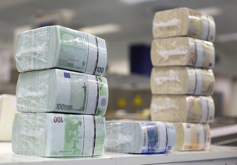 Lietuvai investuotojai norėjo paskolinti daugiau nei 100 mln. Eur