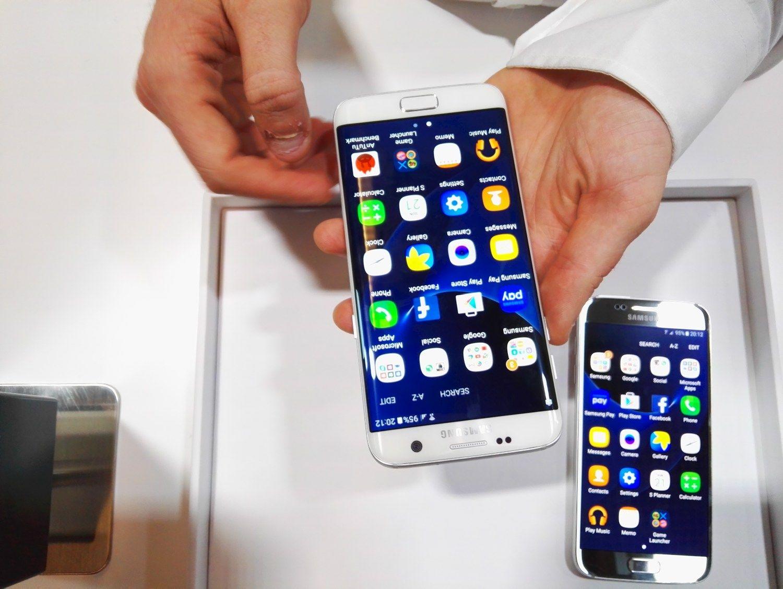 """Zuckerbergas nustelbė naujus """"Samsung"""" telefonus"""