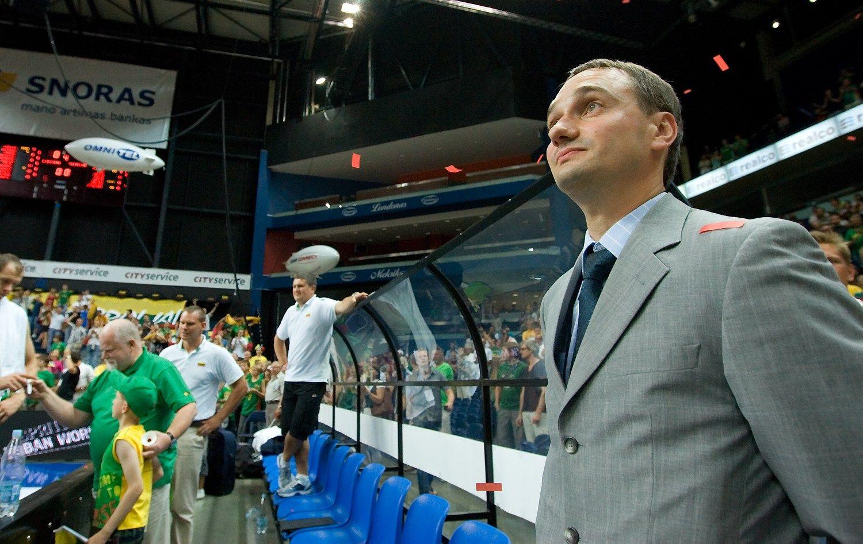 Europos krepšinio čempionato istorijoje– kaltinimai federacijos vadovybei ir merui