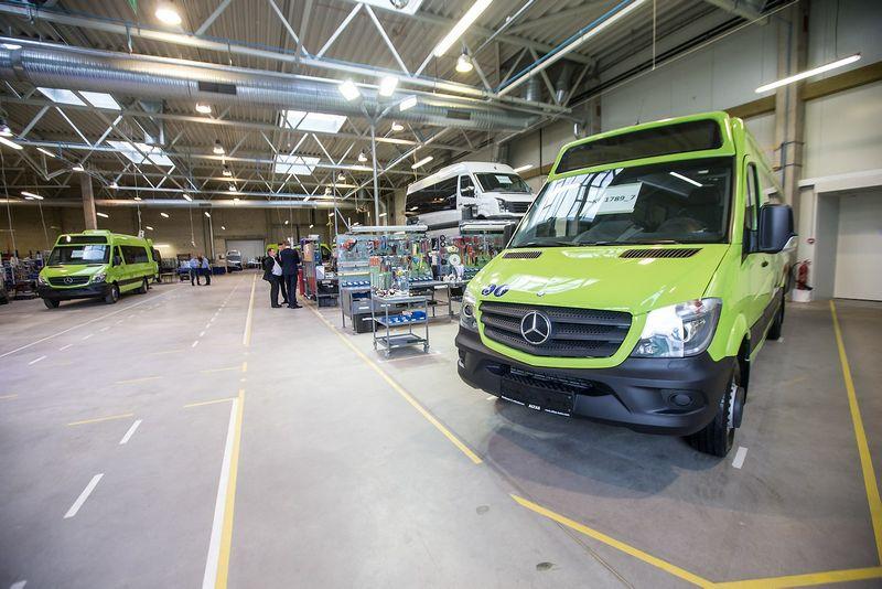 """""""Altas komercinis transportas"""" sertifikavo naujo tipo autobusus, kurių bazė – """"Mercedes-Benz Sprinter"""" modelis. Juditos Grigelytės (VŽ) nuotr."""