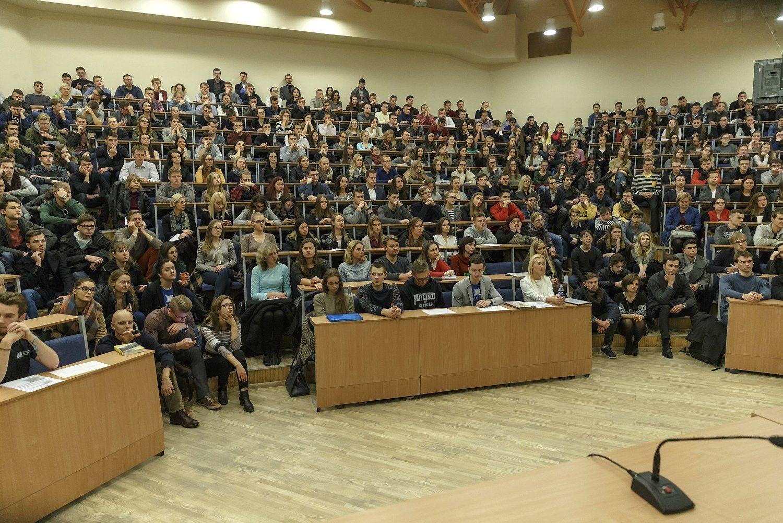 Universitetai negalės nusistatyti, kas yra gerai besimokantis studentas