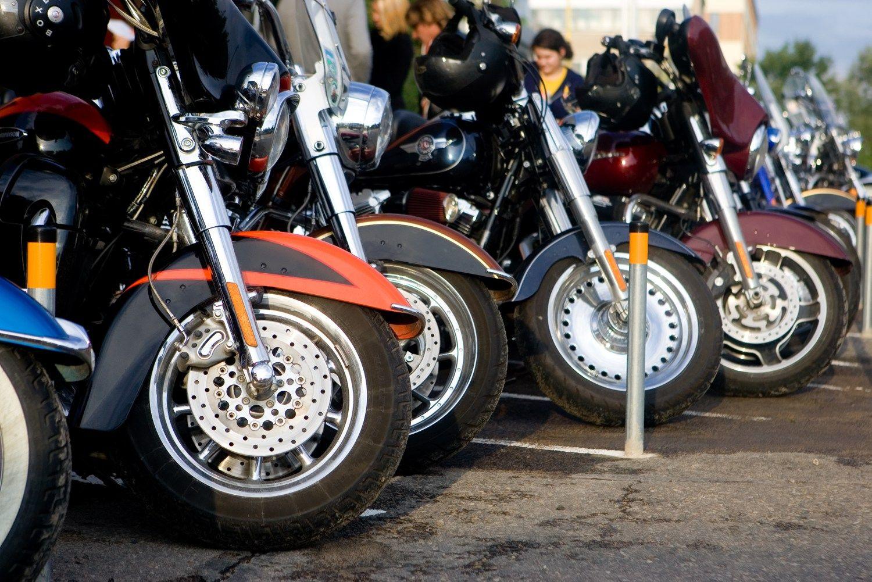 Žieminių padangų motociklininkams reikėtų tik tris mėnesius. Juditos Grigelytės (VŽ) nuotr.