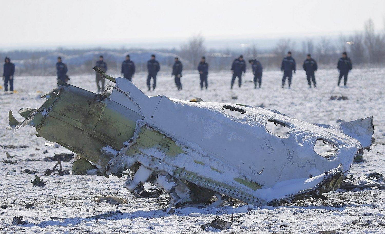 """Šaltiniai: """"FlyDubai"""" lėktuvo katastrofą lėmė pilotų klaida"""