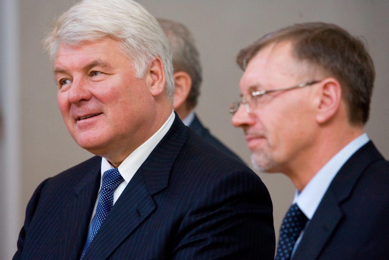 """Laidojami """"Gazprom""""eros vaiduokliai: ministerija susitaikė su ESO"""
