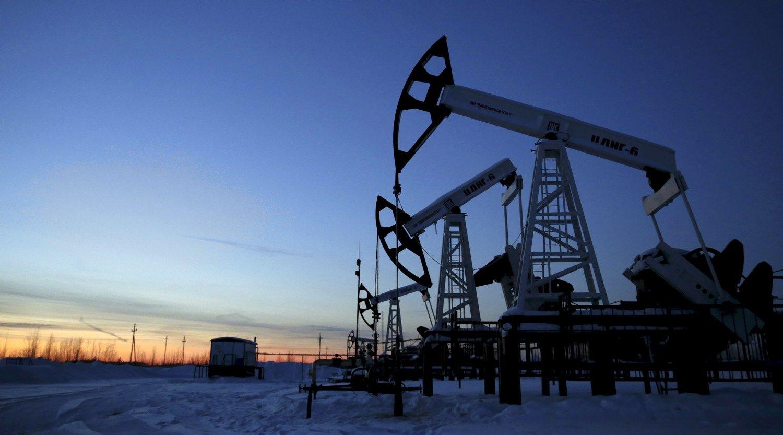 Rusija naftos gavyboje siekia rekordų