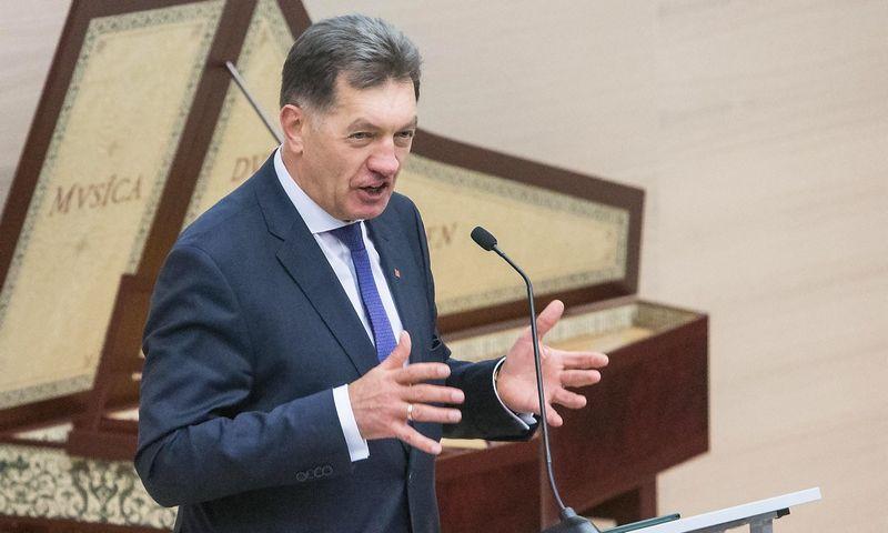 """Premjeras Algirdas Butkevičius: """"Numatyta, kad 2017 m. urėdijos turi būti reformuotos."""" Juditos Grigelytės (VŽ) nuotr."""
