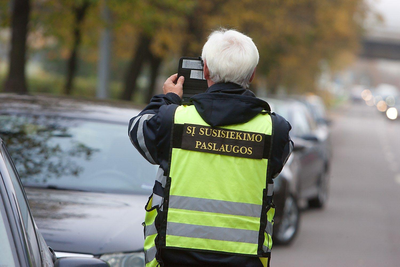 Vilniuje stringa mokėjimo už automobilių stovėjimą sistema