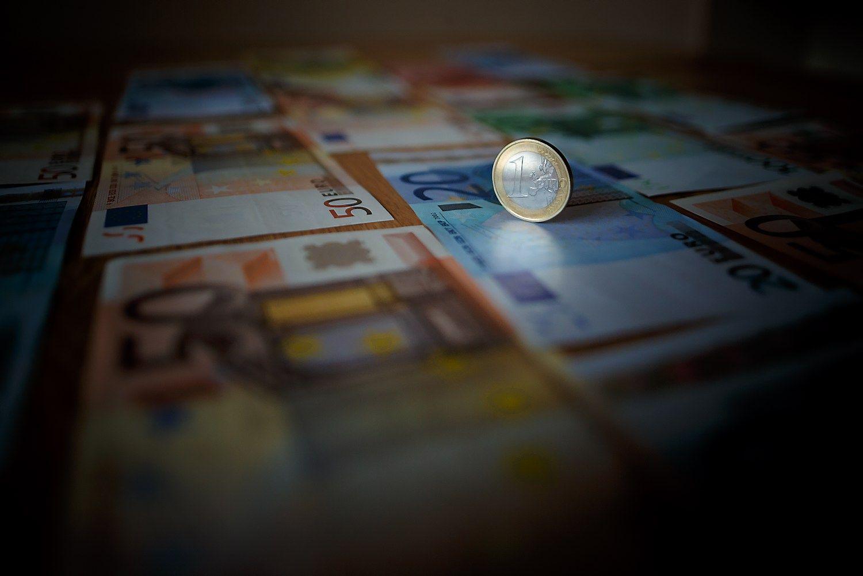 Infliacija Lietuvoje pasistiebė iki 1,2%