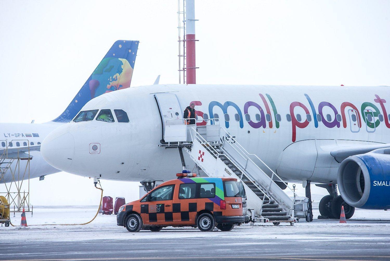 """""""Small Planet Airlines"""": taupome kiekvieną centą"""