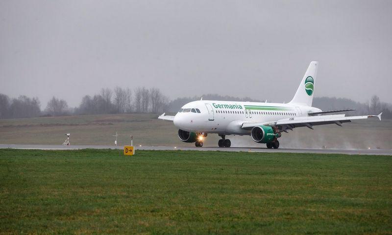 """Į Vilnių atvyko pirmasis aviakompanijos """"Germania"""" lėktuvas iš Šveicarijos. Vladimiro Ivanovo (VŽ) nuotr."""