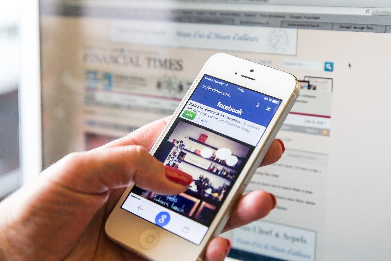 Did�i�j� portal� lenktyn�s link draugyst�s su �Facebook�