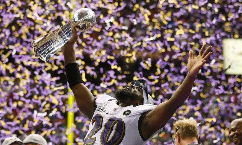 """Rinkodaros ekspertai juokauja, kad 2013 m. """"Superbowl"""" laimėjo ne Baltimorės """"Ravens"""", o """"Oreo"""" žinutė tviteryje. Jeffo Hayneso (""""Reuters""""/""""Scapinx"""") nuotr."""