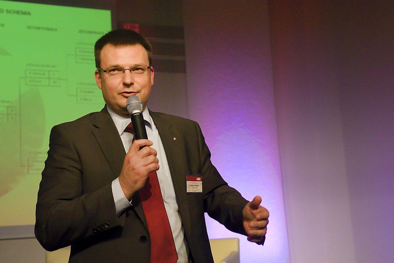 �Vilniaus vie�ojo transporto� vadovu paskirtas Ma�elis