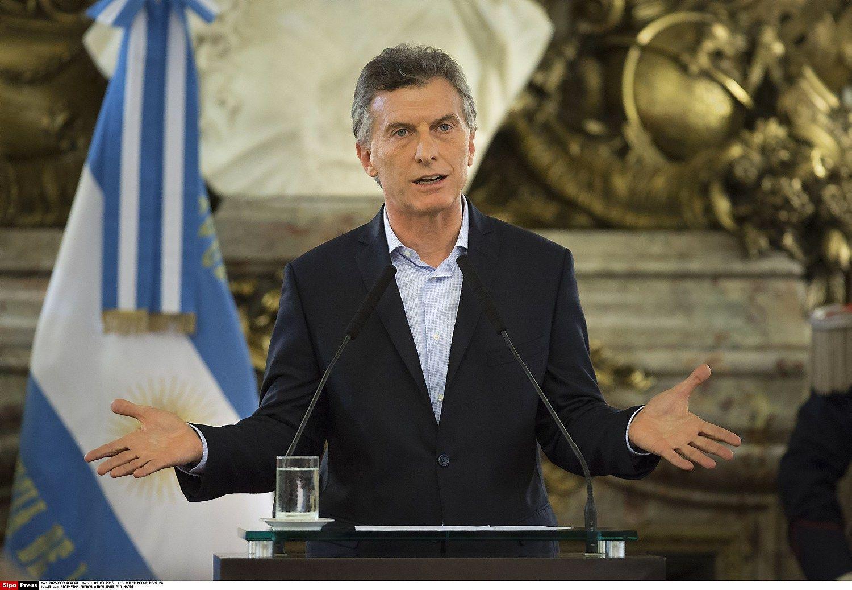 Argentina grįžo į obligacijų rinką po 15 metų