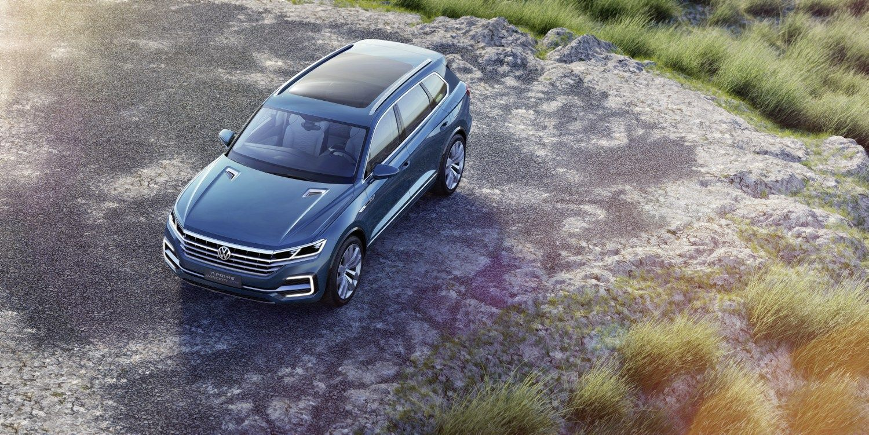 �Volkswagen� kinams parod� hibridin� visureig�