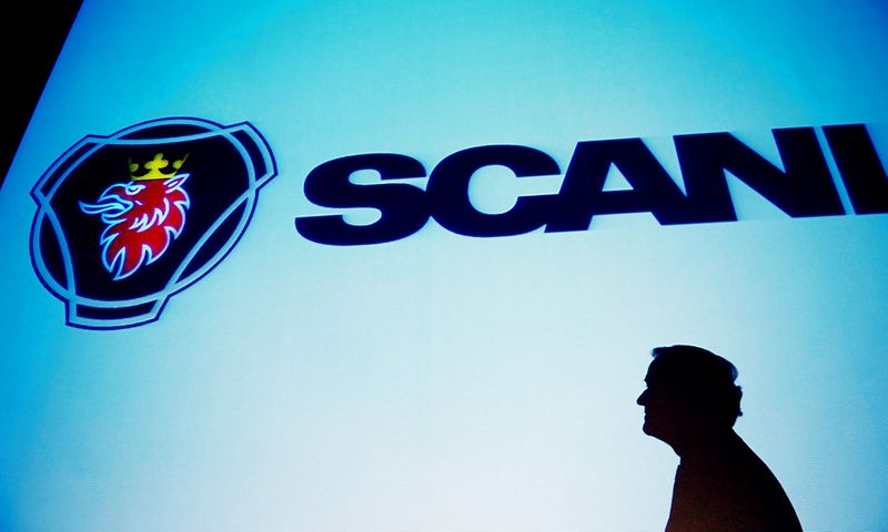 """""""Scania"""" gamins biometanu varomus dviaukščius autobusus. Bjorno Larssono Asko (""""Reuters"""" / """"Scanpix"""") nuotr."""