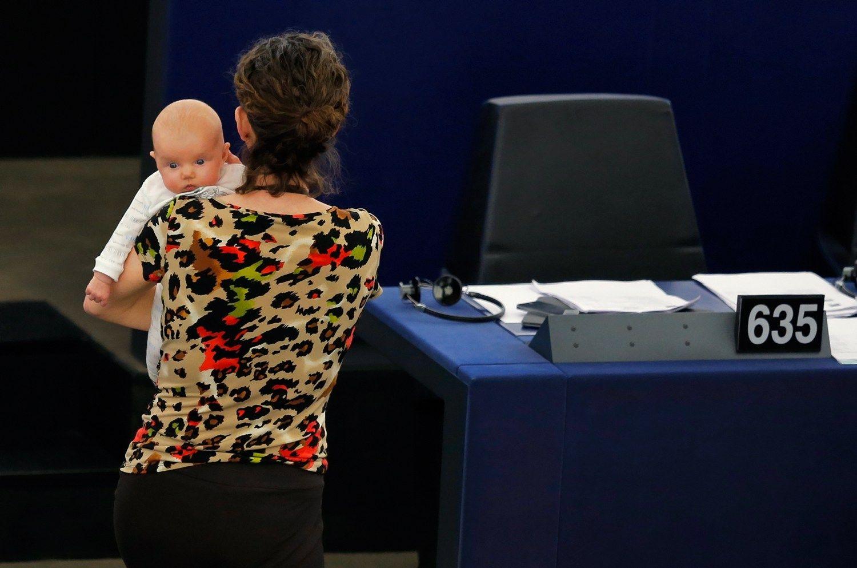 Kūdikis darbe - misija įmanoma: Lietuvosįmonės kuriavaikų kambarius