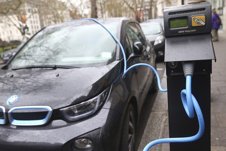 Vokietijoje � 1 mlrd. Eur subsidij� elektromobiliams