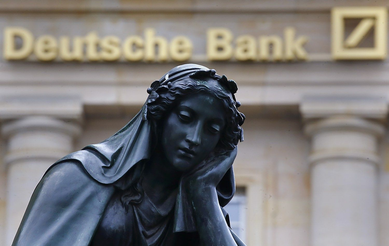 """""""Deutsche Bank"""" nustebino pelnu"""