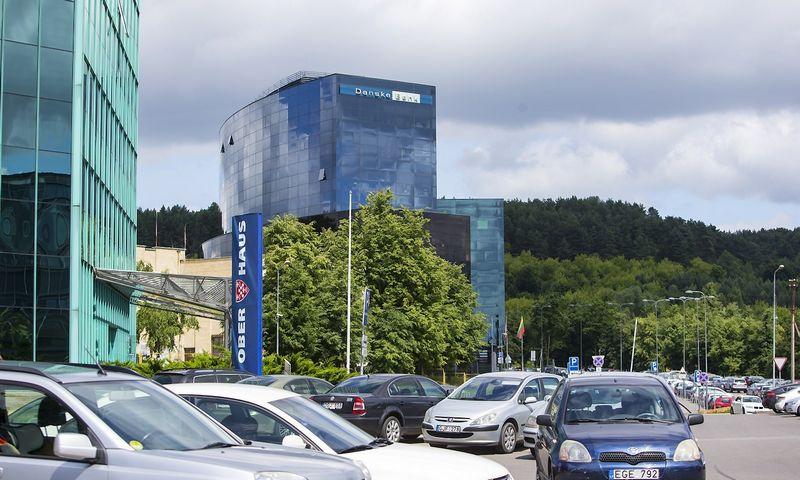 Hoekbank Twenty 5.Danske Bank Pirmojo Ketvircio Pelnas Traukėsi 20 Verslo