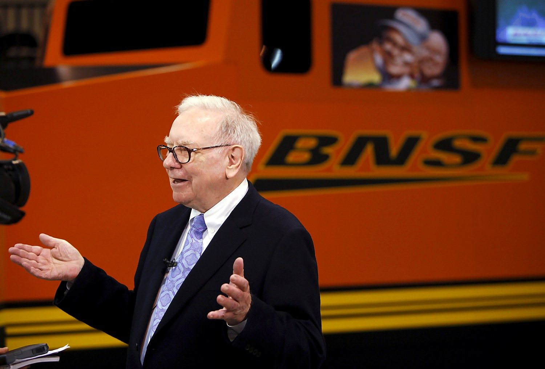 �Berkshire Hathaway� peln� smukd� gele�inkeliai ir draudimas