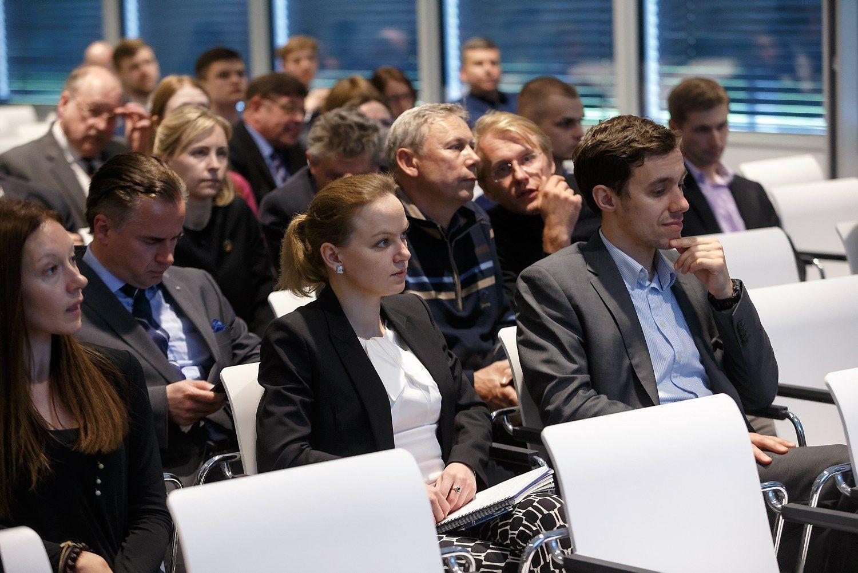 Vilniuje � bir�os �moni� ir investuotoj� susitikimas