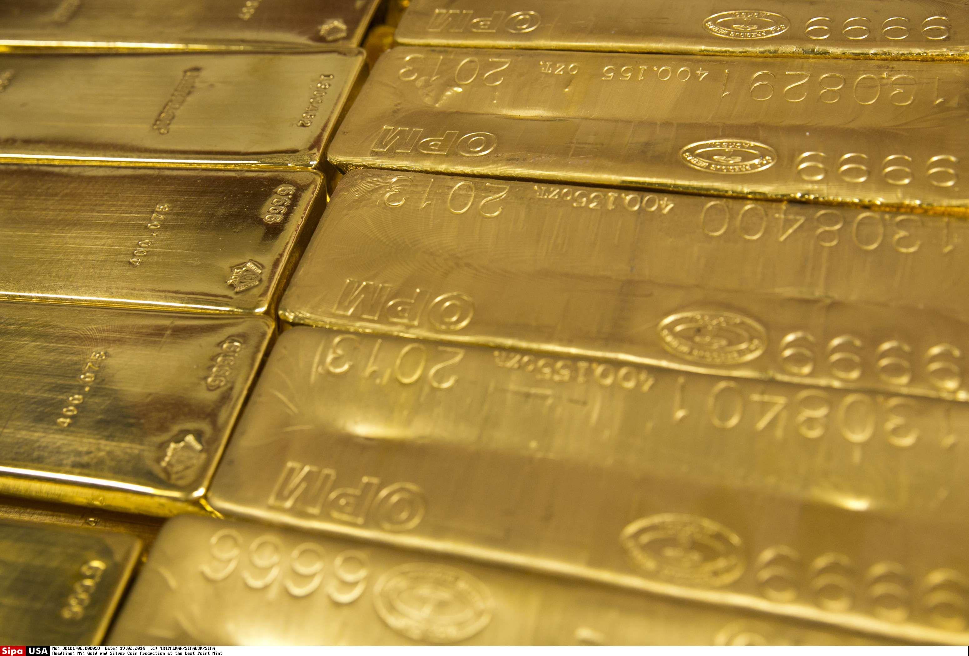 Aukso kaina nunešė 1.300 USD