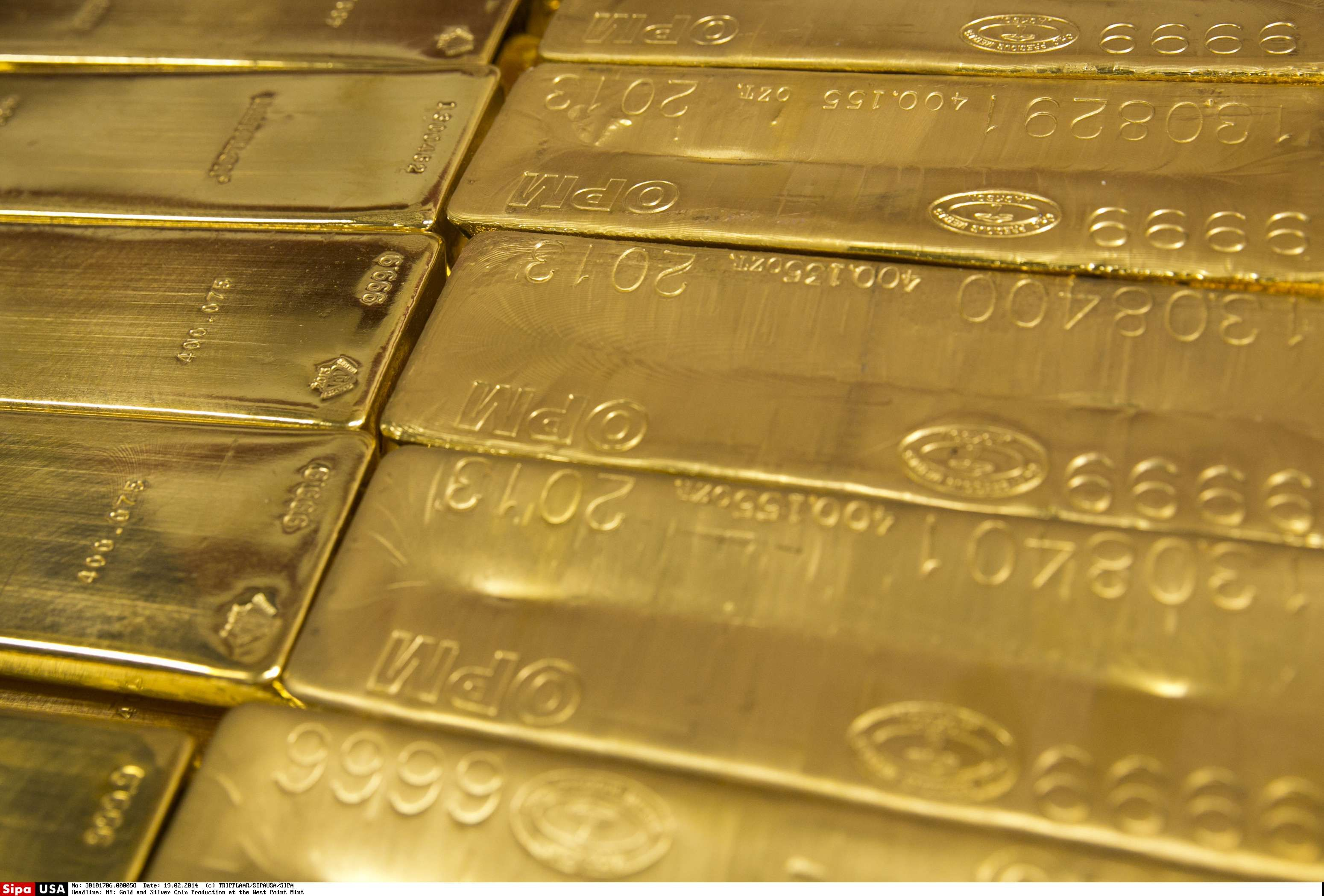 Aukso kaina nune�� 1.300 USD