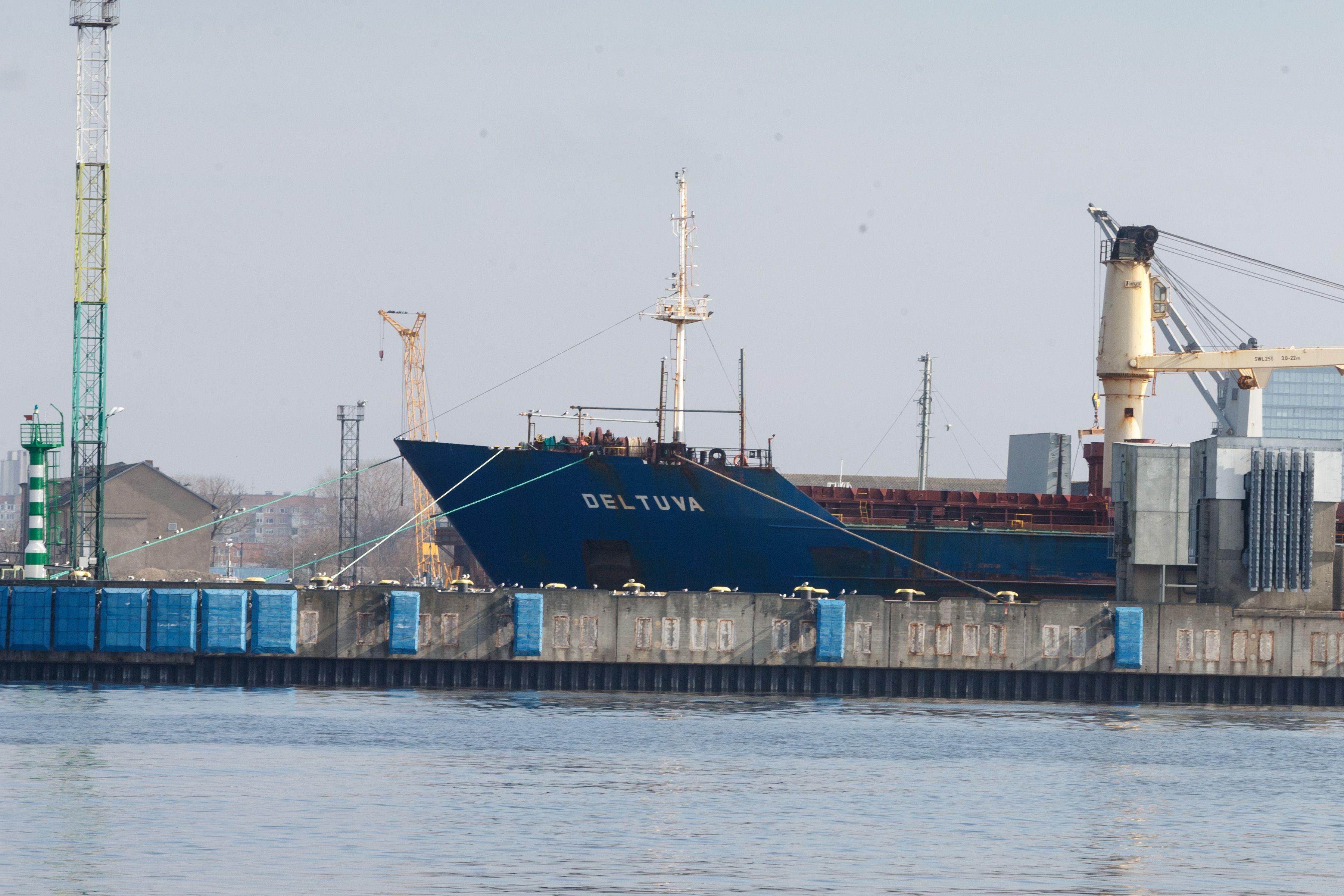 Pakartotin�se var�ytin�se parduoti dar du LJL laivai