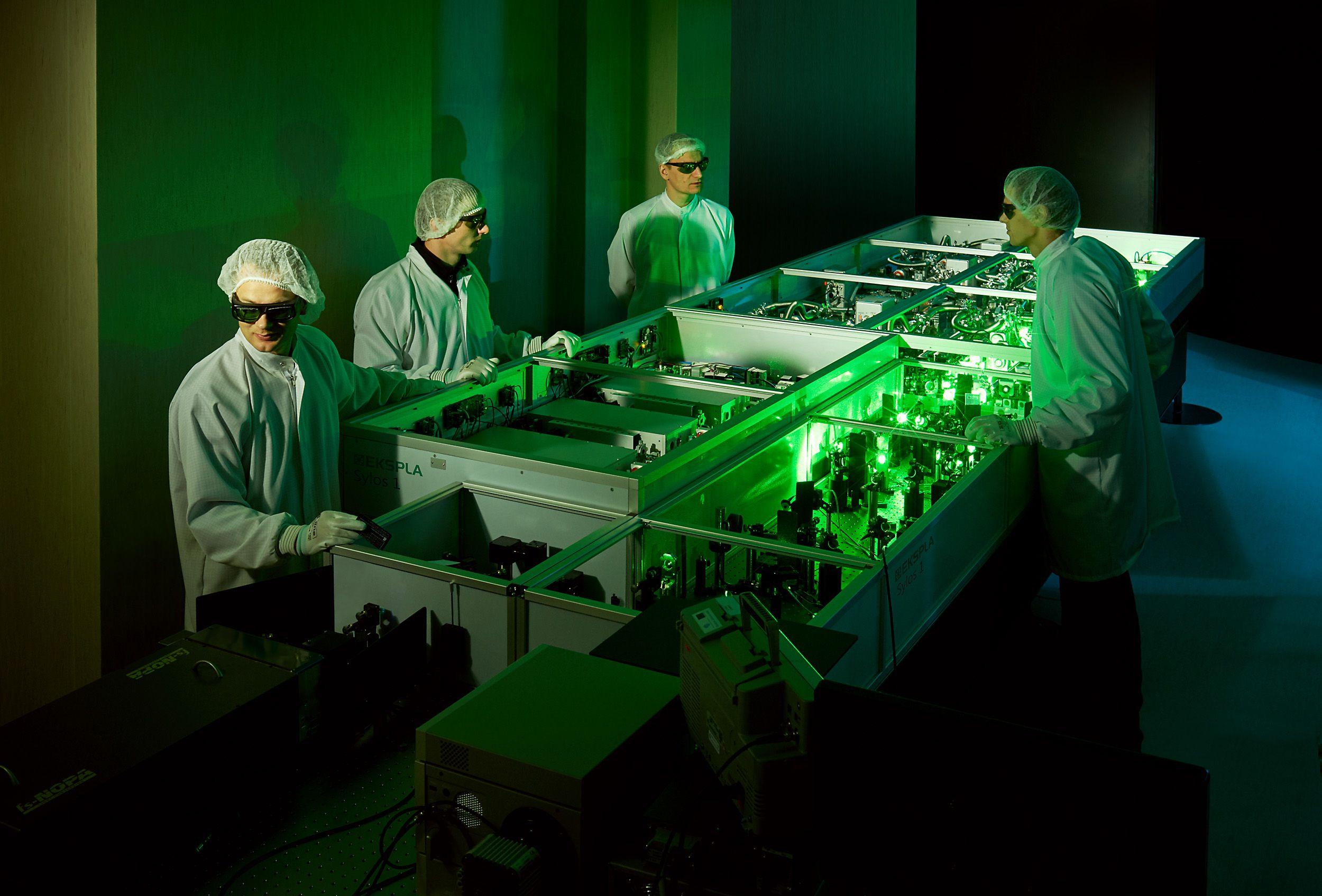 �Saul�tekio sl�nis� kuria inovatyvios pramon�s sistem�