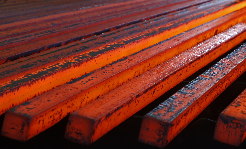 Plieno giganto akcijos – žemyn po nuvylusių rezultatų