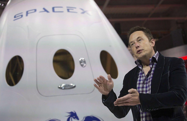 """""""SpaceX"""" pakartojo sėkmingą nusileidimą"""