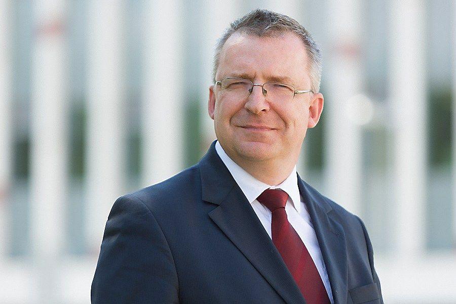 Lietuvos teisinink� draugijai vadovauja Nekro�ius