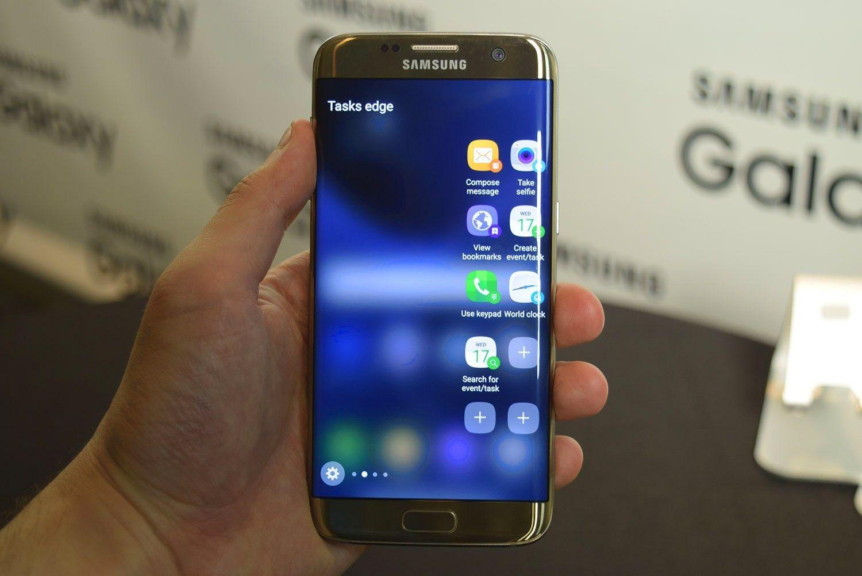 """""""Galaxy 7 Edge"""" apžvalga: """"Samsung"""" pasimokė iš savo klaidų"""
