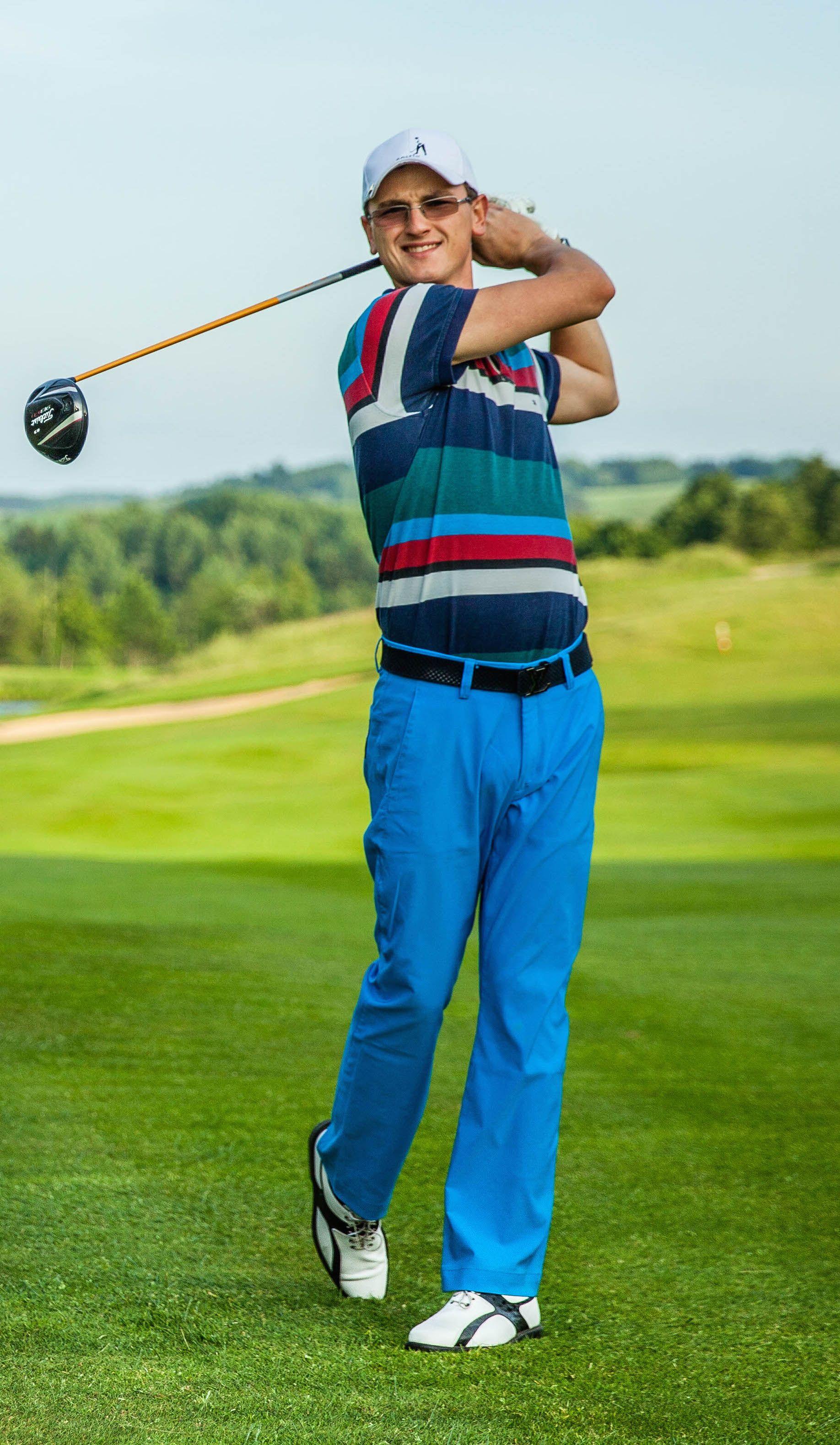 Pirmieji �ingsniai �aid�iant golf�