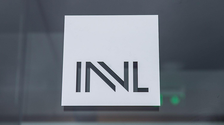 �INVL Technology� valdom� bendrovi� u�darbiai ma��jo